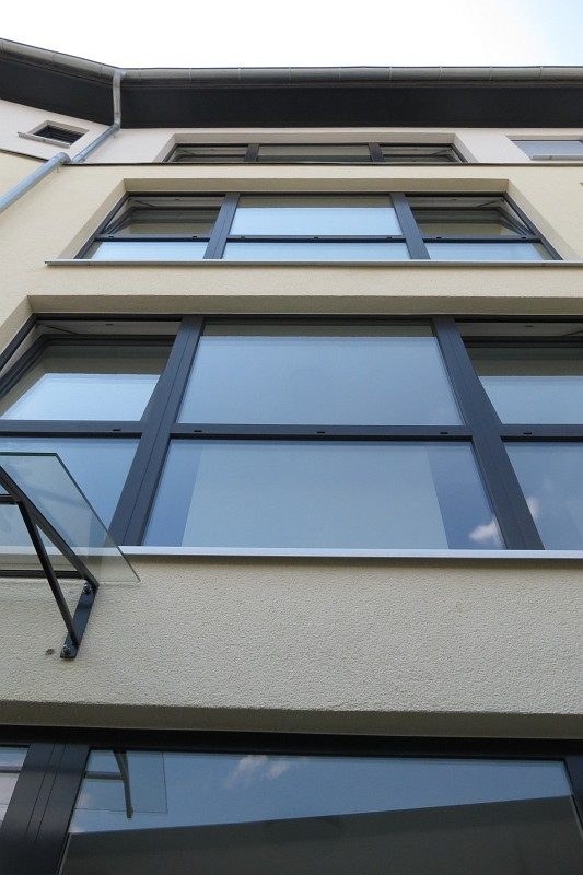 Winkeler Strasse Fensterfront nach Umbau