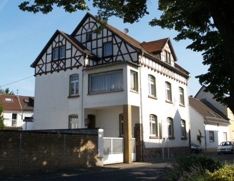 Ehemaliges Winzerhaus mit viel Platz + Scheune (reserviert), 65375 Oestrich-Winkel, Zweifamilienhaus