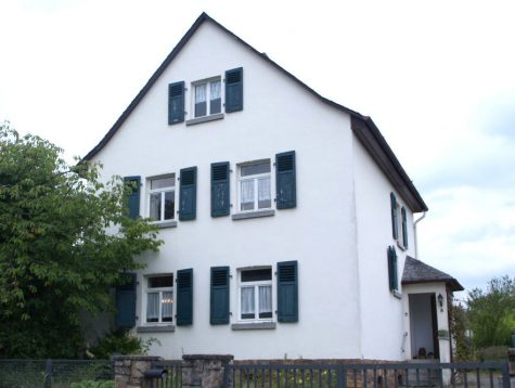 Sehr schönes freistehendes Haus mit tollem großem Garten, 65366 Geisenheim, Einfamilienhaus