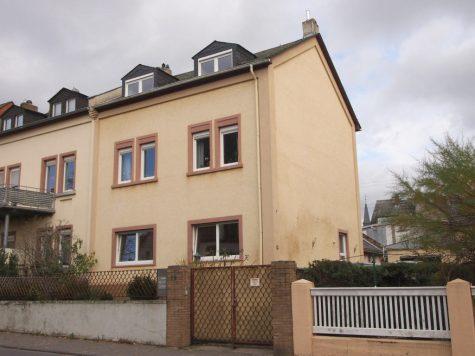 Charmantes großes Stadthaus mit großer Einliegerwohnung und großem Grundstück (verkauft), 65343 Eltville am Rhein, Zweifamilienhaus