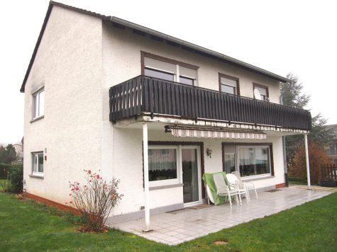 Hattenheim: Großes charmantes Haus in 1 A Wohnlage!, 65347 Eltville am Rhein, Einfamilienhaus