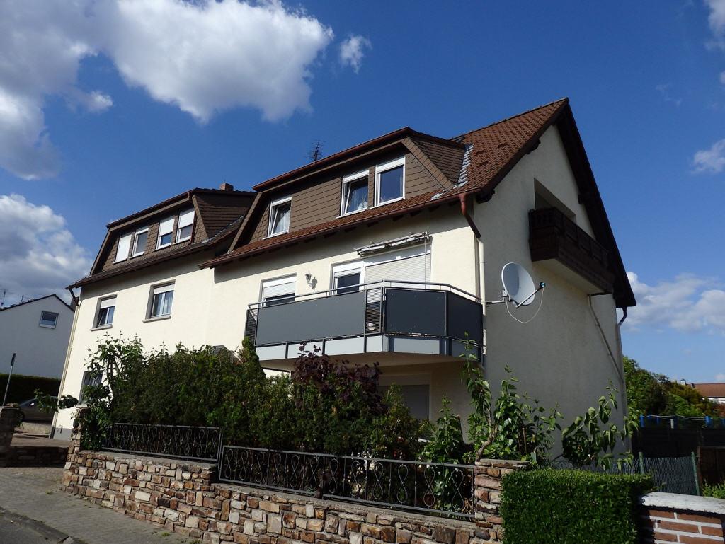 In Rheinnähe: Villa Belvedére (auch Wohnen mit Firma möglich) - Bild1
