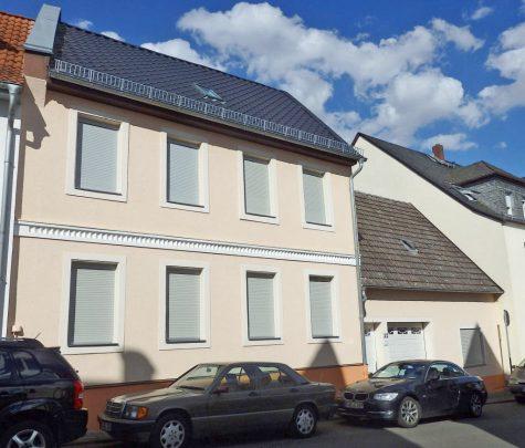 Viel Platz in charmantem Haus mit großem Garten, 65366 Geisenheim, Einfamilienhaus