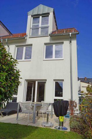 Großzügiges und hochwertiges Einfamilienhaus in Toplage!, 65191 Wiesbaden, Reiheneckhaus