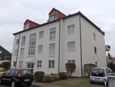 Großzügige 4ZKB- Eigentumswohnung mit Balkon, 65343 Eltville am Rhein, Wohnung