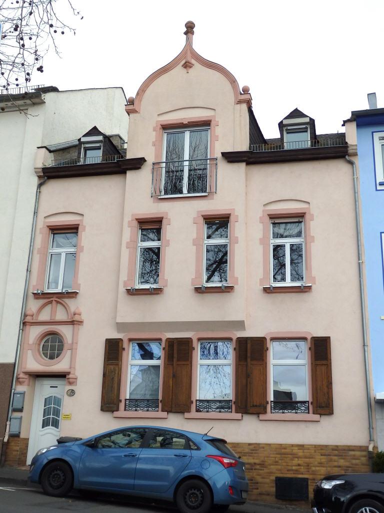Viel Platz in charmantem Haus mit Einliegerwohnung, 65385 Rüdesheim am Rhein, Einfamilienhaus