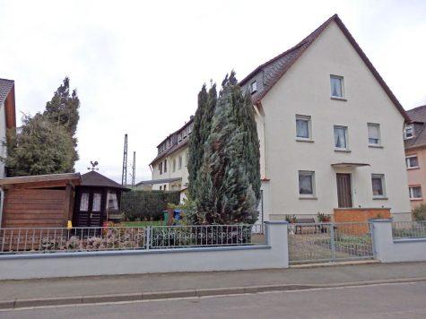 Gepflegtes, großzügiges 2-3 Parteienhaus in Eltville-Erbach, 65346 Eltville am Rhein, Mehrfamilienhaus