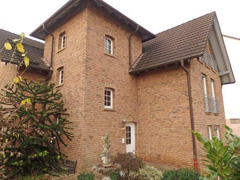 Freistehendes Haus mit 4 Wohnungen, 65366 Geisenheim, Wohnanlagen