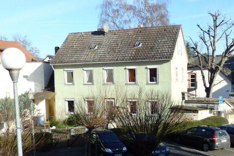 Charmantes Fachwerkhaus mit Süd-West-Garten, 65366 Geisenheim, Einfamilienhaus