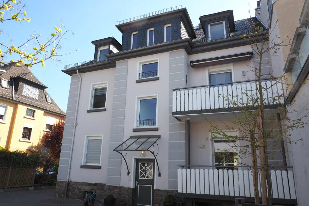 Charmante frisch renovierte Dachgeschoss-Wohnung, 65343 Eltville am Rhein, Wohnung