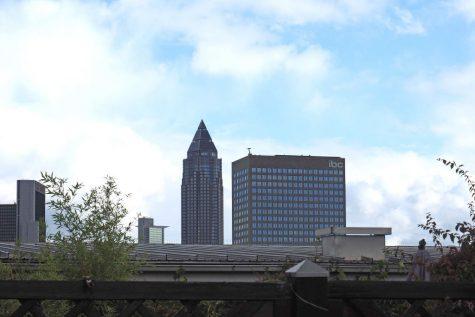 Tolle Penthouse-Maisonette mit Blick und Aufzug in City West, 60486 Frankfurt am Main, Penthousewohnung