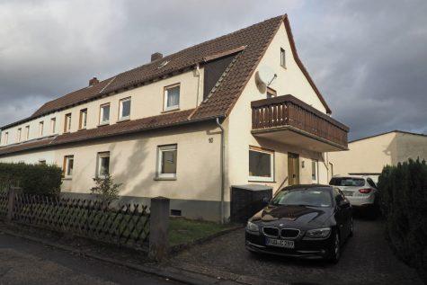 Platz ohne Ende! DHH mit 9 Zimmern und großem Garten, 65366 Geisenheim, Doppelhaushälfte