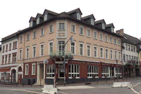 Rüdesheim am Rhein in 1-A- Geschäftslage: Stattliches umfangreich modernisiertes 6-Parteienhaus, 65385 Rüdesheim am Rhein, Mehrfamilienhaus