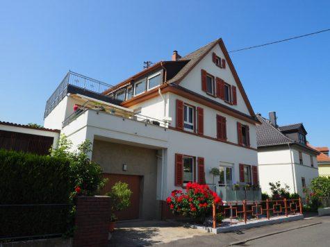 Charmante Wohnung mit großer Süd-West-Terrasse, 65343 Eltville am Rhein, Wohnung
