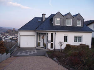Neues Traumhaus mit Panorama-Burgenblick, 55411 Bingen am Rhein, Einfamilienhaus