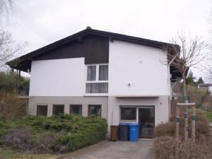 Freistehender Bungalow in ruhiger Lage, 65366 Geisenheim, Einfamilienhaus