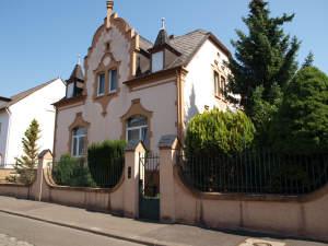 Freistehende Villa mit großem Garten, ruhige Lage, 65343 Eltville am Rhein, Villa