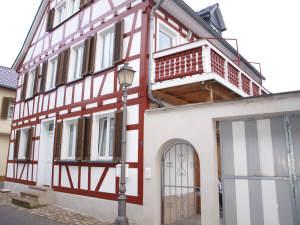 Komplett saniertes Fachwerkhaus (für 1 – 2 Parteien), 65343 Eltville am Rhein, Einfamilienhaus