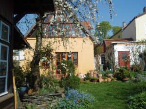 Charmante Hofreite (zwei Teile) mit reduzierter Courtage, 65366 Geisenheim, Zweifamilienhaus