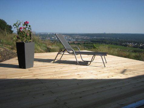 Neuwertige Luxusvilla in Alleinlage mit traumhaftem Rhein- und Fernblick!!! (VERKAUFT!), 65343 Eltville am Rhein, Villa