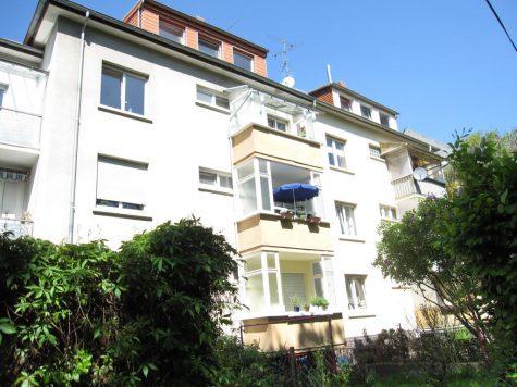 Mehrfamilienhaus mit 4 hellen und schönen Wohnungen (Verkauft), 65929 Frankfurt am Main, Mehrfamilienhaus