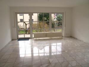 Ganz viel Platz! Großzügige moderne Maisonette-ETW, 65375 Oestrich-Winkel, Wohnung